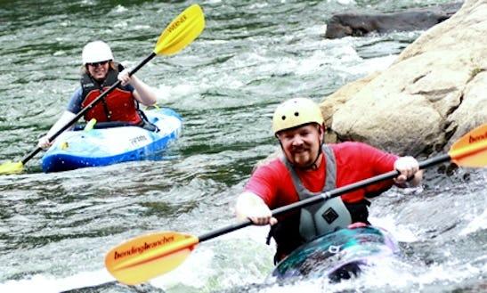 Beginner Kayak Group Instruction In Mill Run