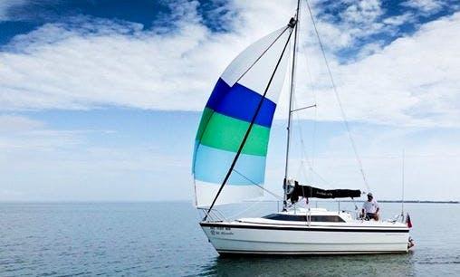 Daily Sailing Charter On 26' MacGregor Yacht In Avon, North Carolina