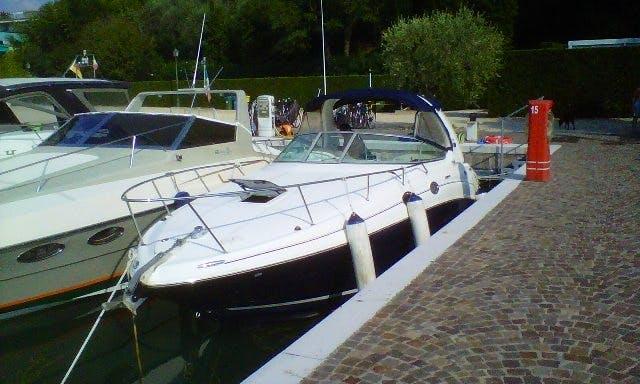 Luxury Cuddy Cabin Yacht in Moniga del Garda
