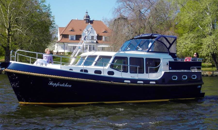 37' Motor Yacht Charter in Berlin, Germany for up to 6 guests!