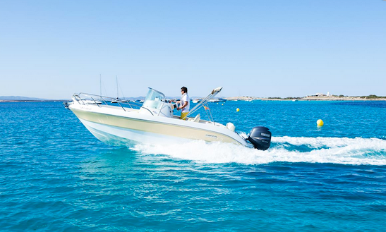 Key Largo 22 Center Console Boat Charter In Spain