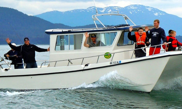 30ft The Alaska Goose Power Catamaran Boat Charter in Juneau, Alaska