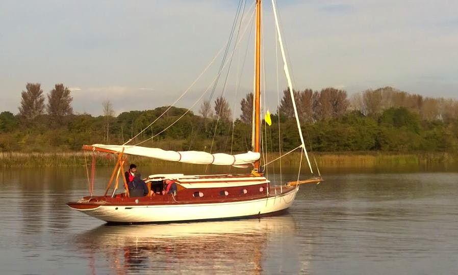 Hire this 26' Twilight Yacht in Martham