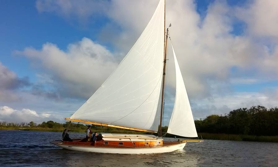 Hire this 30' Camellia Yacht in Martham