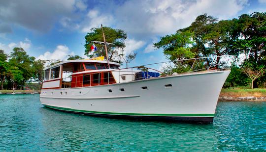 63′ Trawler Charter In Panamá, Panama