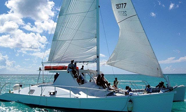 48' Catamaran Charter in Caicos Islands, Turks and Caicos Islands