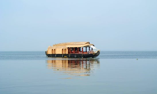 Houseboat Rental In Alleppey