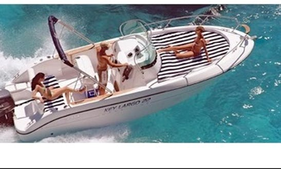 Sessa Marine Key Largo 22 Hire In Grimaud