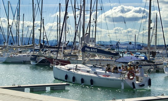 Cruising Monohull Rental In San Roque