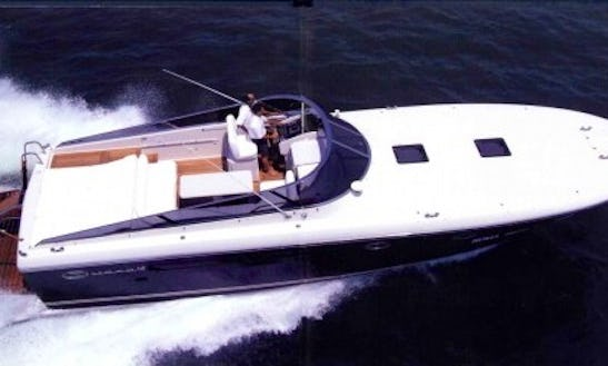 Itama 48 Hire In Grimaud