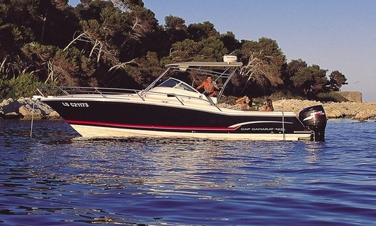 Hire A Luxury Cap Camarat 9.25 Motor Boat In Marseille, France