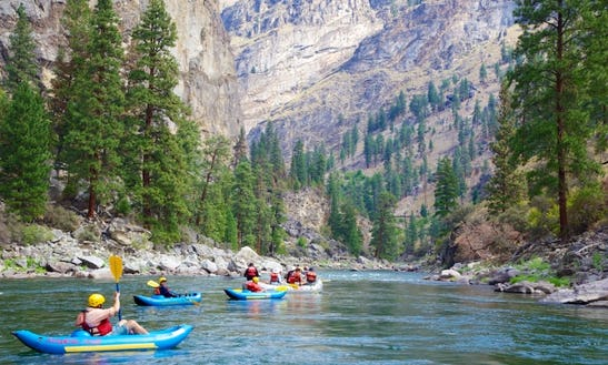 Guided Kayak Trips On The Salmon River