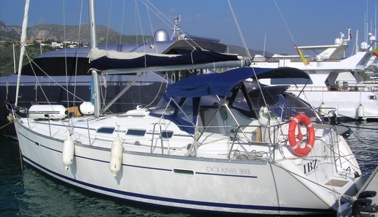 Charter Oceanis 393 Yacht In Greece