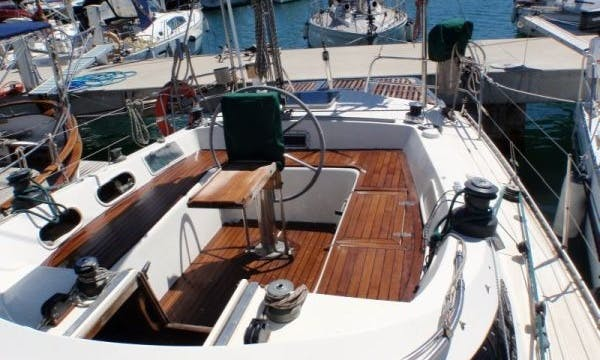 43' Deck Boat Charter in  Balearic Islands, España