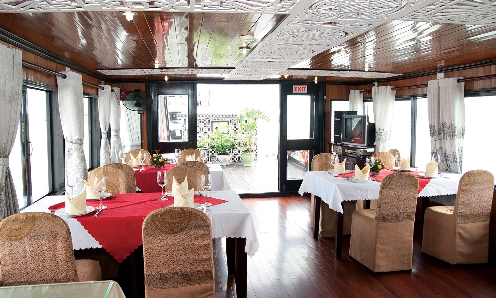 Halong Bay 2D1N overnight on 3 star Cruise in Hanoi