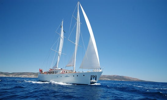 Charter The 75ft