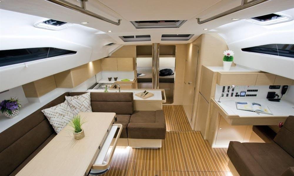 Charter Dimitra, Elan I50 Yacht in Alimos