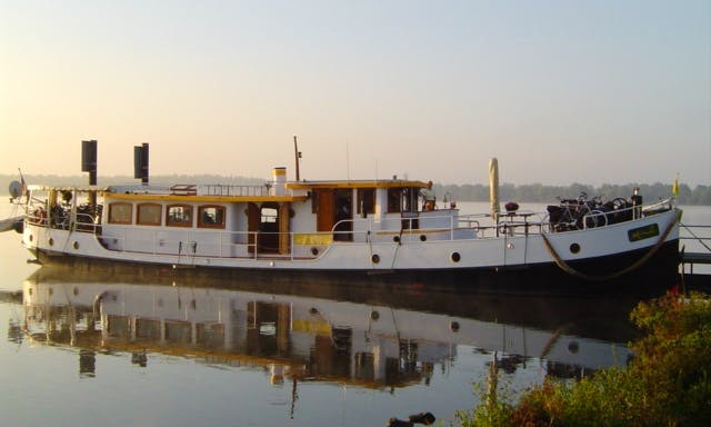 Floating Hotel with 5 Luxury Cabins available to Rent From Maastricht, into the Netherlands -Belgium and France