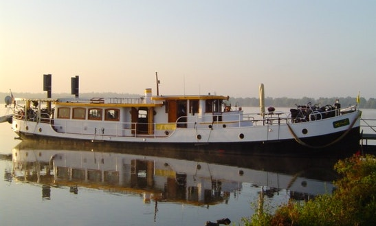 Floating Hotel With 5 Luxury 2-person Outside Cabins Available To Rent In Maastricht, The Netherlands