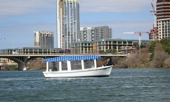 21ft Duffy Boat Rental In Austin, Texas