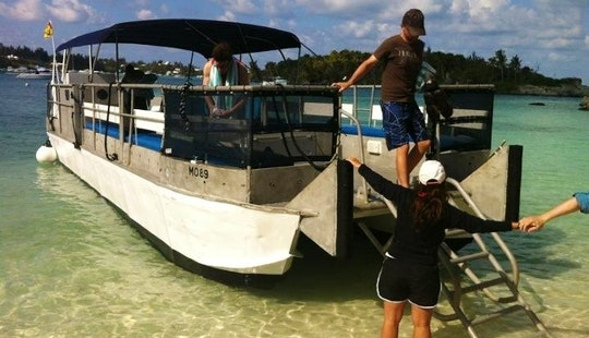 Power Catamaran Charter In Sandys Parish