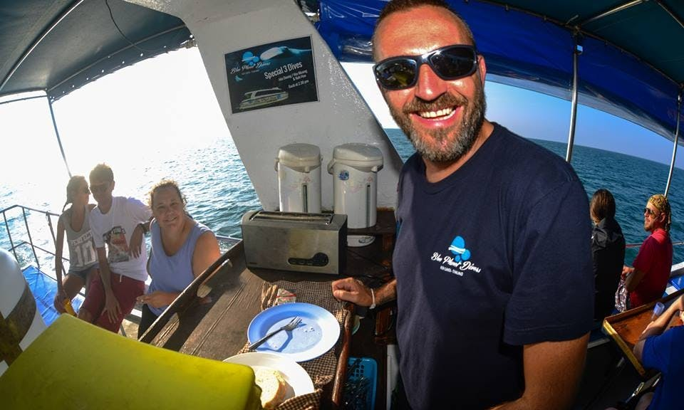 "The ""Fiber & Fast Catamaran"" In Thailand"