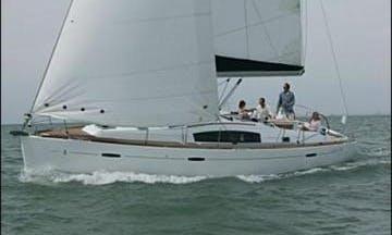 Luxurous Oceanis 40 Cruising Monohull Charter in Punta Ala