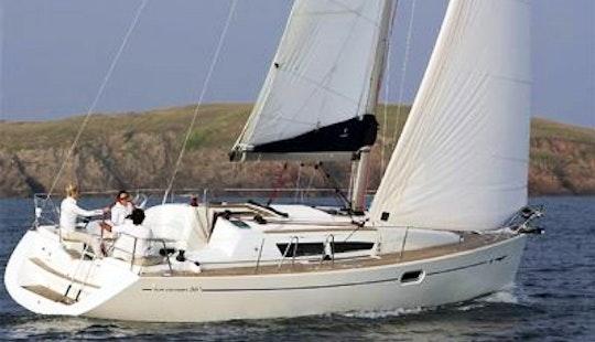 Cruising Monohull Luxurous Sun Odyssey 36i Charter In Punta Ala