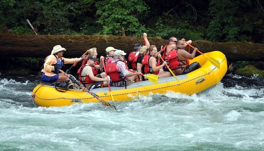 Whitewater Rafting Trips In Eugene, Oregon