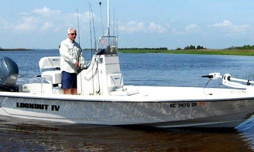 22ft Pathfinder Bay Center Console Boat Charter in Carolina Beach, North Carolina