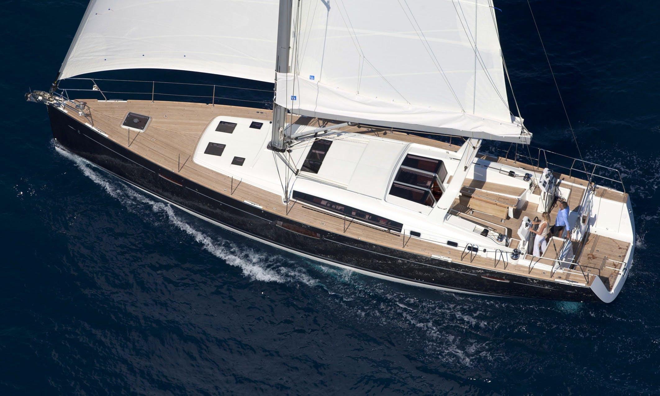 Luxury Cruiser 'OCEANIS 58' Charter in Haute-Normandie