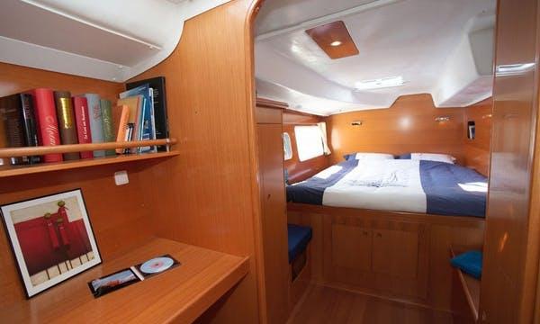 "Charter this Luxury Cruiser Lagoon 380 ""Shona"" in Soúrpi"