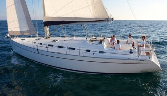 Charter The Luxury Cruiser Beneteau Cycladed 50.5