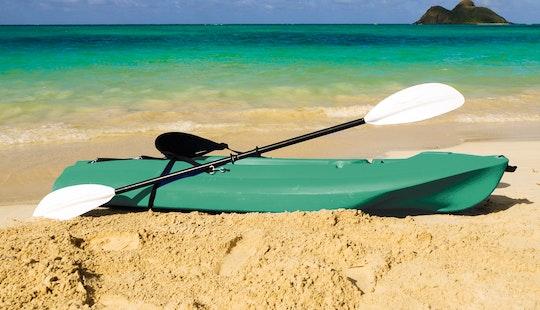 Single Kayak For Rent In Honolulu