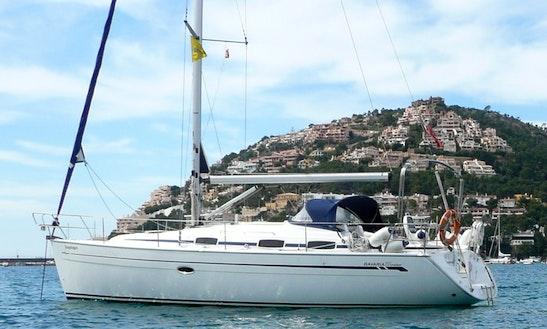 Bavaria 37 Cruiser Cruising Monohull Rental In Saint-mandrier-sur-mer, France