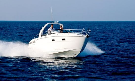 Bavaria 29 Sport Motor Yacht Rental In Saint-mandrier-sur-mer, France