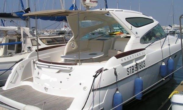 """Charter """"Jeanneau Prestige 34"""" Yacht In France"""