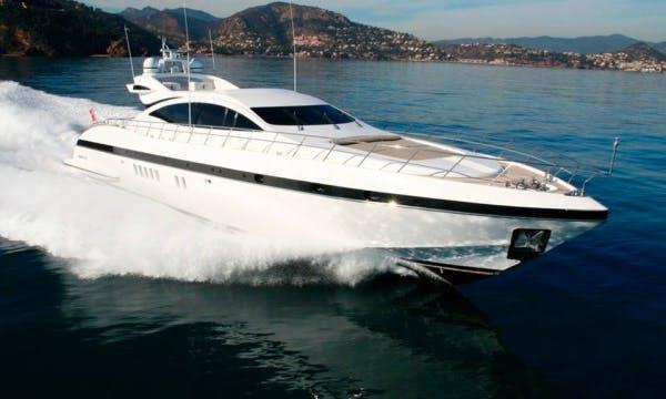 92' Mangusta Yacht Charter In France