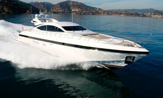 92' Mangusta Yacht Charter In France