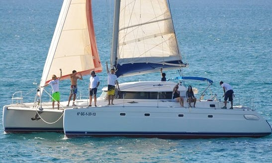 Luxury Cruising Catamaran