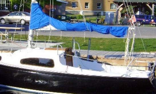 Cruising Monohull Boat Rental In Kingston, Canada