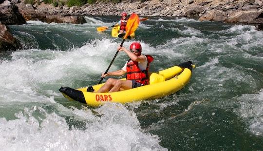 Rent A Single Or Tandem Kayak In Blue Lake