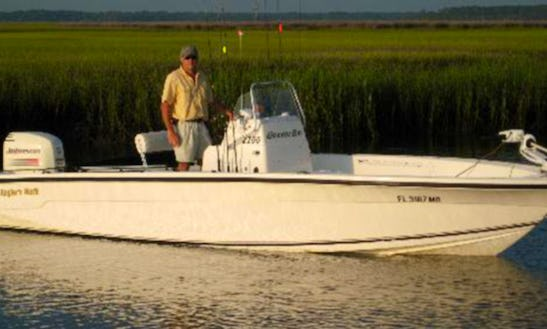 Guided Fishing Trips On The 22ft