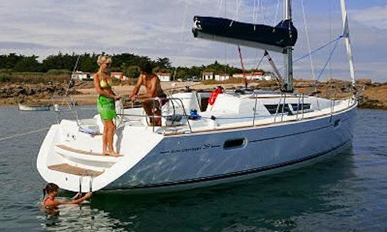 Charter Jeanneau 39i On Manitoulin Island