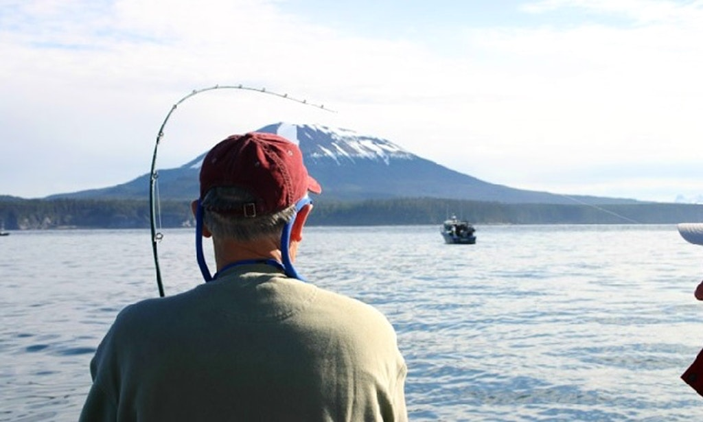 Fishing charters vacation packages in sitka alaska for Alaska fishing vacation packages