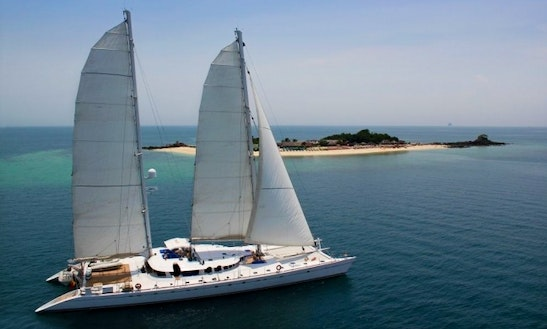 Crewed Charter On Catamaran In Palau Or Papua New Guinea Or Thailand