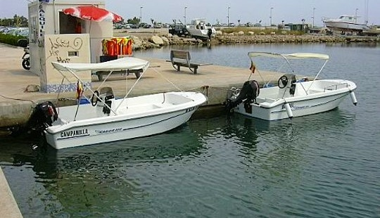 Sabor 400 Boat Rental In Dénia