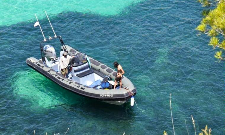 24ft Valiant Patrol 750 RIB Rental in Porto Colom, Mallorca, Islas Baleares, Spain
