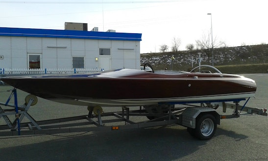 Speedboat Aquacraft California Bowrider Rental In Wiesbaden, Germany