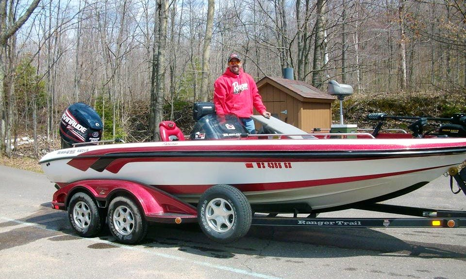 Guided Fishing Trip Service on 25' Ranger Bass Boat in Rhinelander, Wisconsin